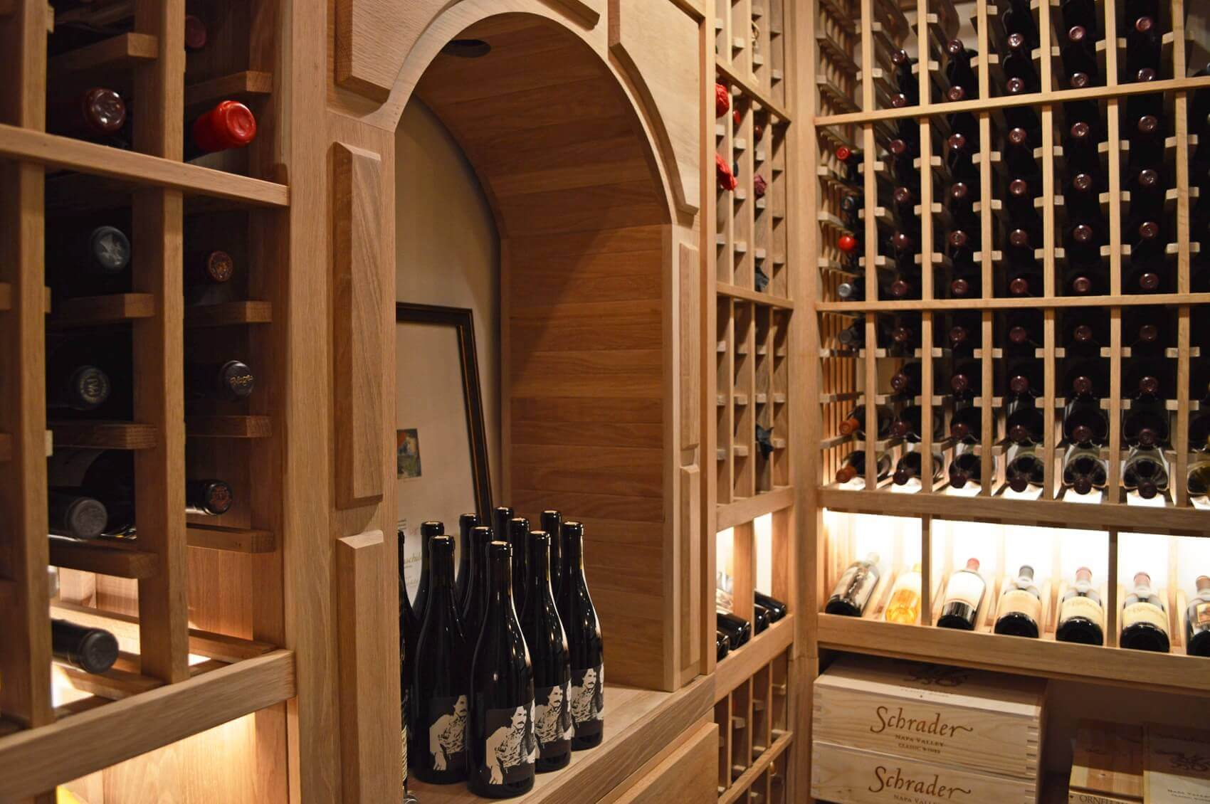 This arch was custom built by the team to provide an area for decantation of wines and other activities inside the wine room.