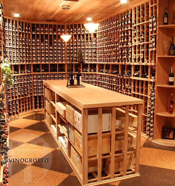 Vinogrotto traditional wooden display wine rack with case storages in the center counter